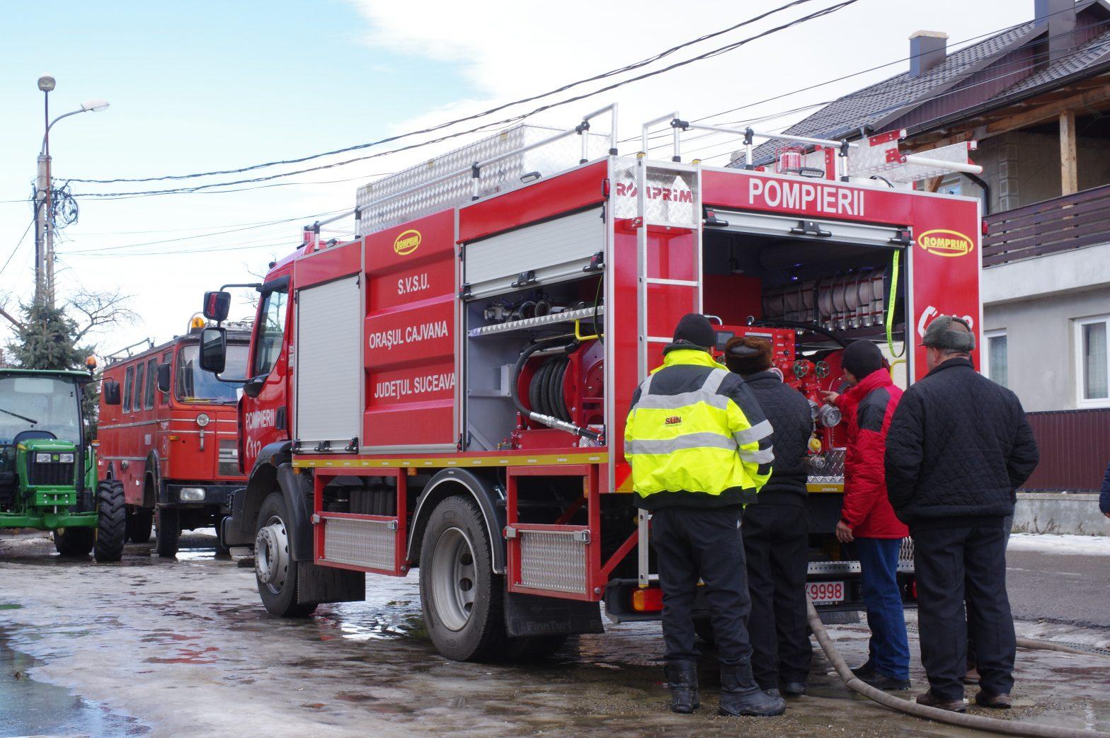Pe data de 18.01.2019 a fost livrată autospeciala de stins incendii, beneficiar fiind Serviciul Voluntar pentru Situaţii de Urgenţă al oraşului CAJVANA din judeţul SUCEAVA.